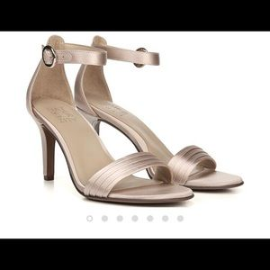 Naturalizer Kinsley Heel size 8.5 W
